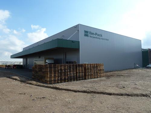 Neue Versandhalle eingeweiht
