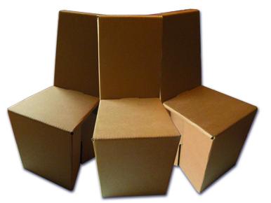 Möbel von Pappe